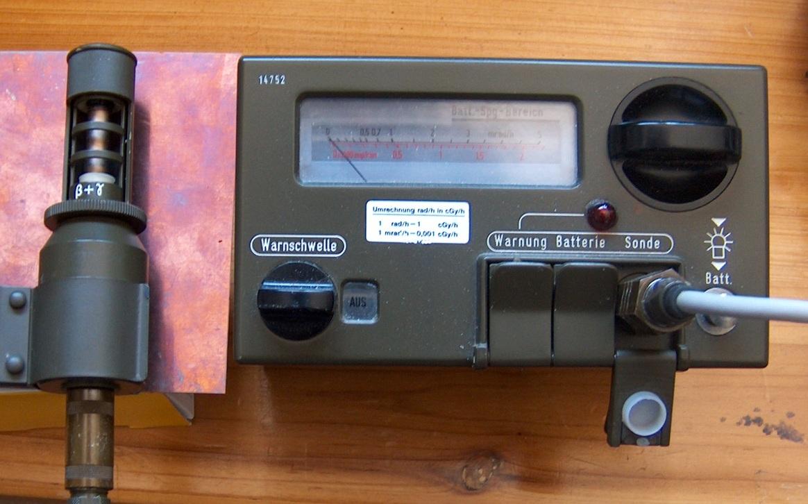 Versuch einer Messung der natürlichen Hintergrundstrahlung mit dem SV500